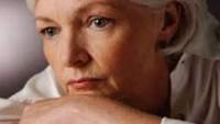 Menopoz ve Kadın Bedenindeki Hormonal Değişiklikler