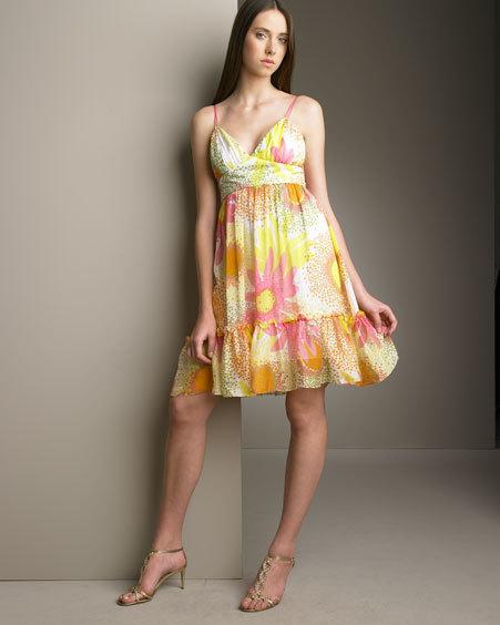 renkli askılı yeni trend elbiseler