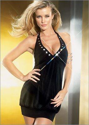 siyah askılı bayan elbise modeli